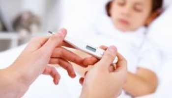 Сухой кашель с температурой у ребенка чем лечить