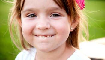 Что делать если у ребенка шатается коренной зуб